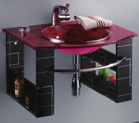 Оригинальная стеклянная раковина в ванной
