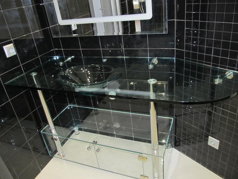 Раковина из прозрачного стекла