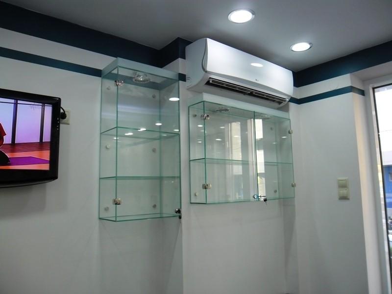 Стеклянные шкафчики для ванной