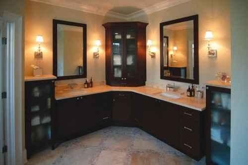 Угловая мебель для ванной – делаем комнату просторнее