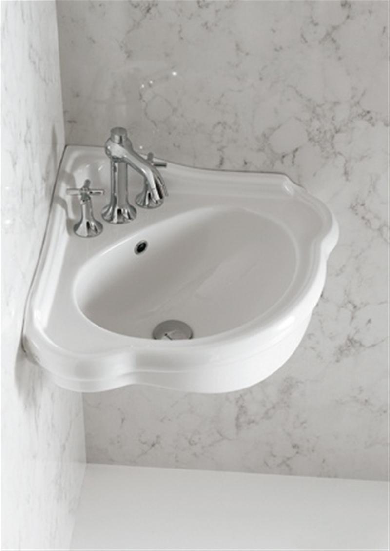Угловой вариант умывальника для ванной
