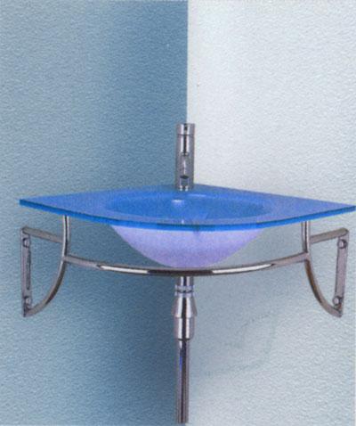 Синяя угловая раковина в ванне