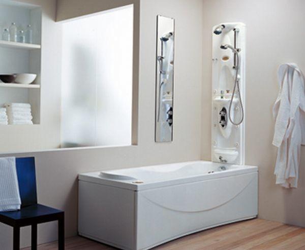 Панель гидромассажного душа, установленная над ванной