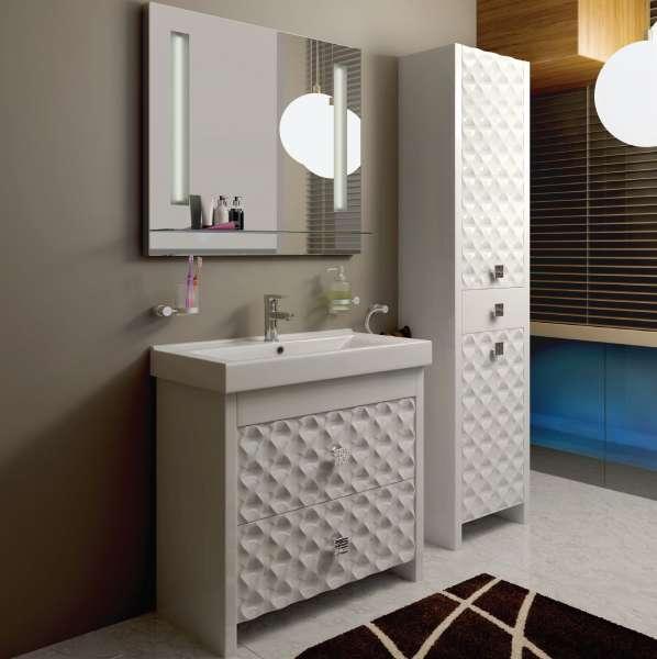 Напольный шкаф в ванную комнату