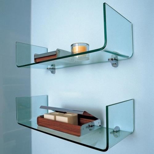 Стеклянные полки для интерьера в ванных