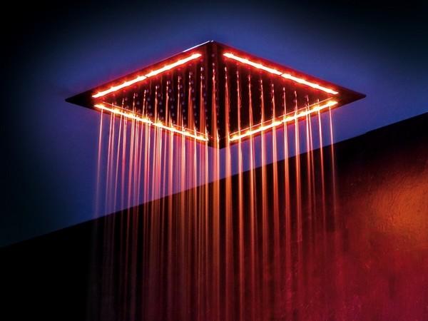 Верхний душ с подсветкой