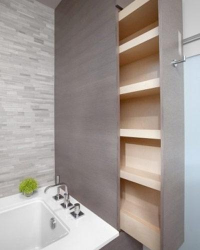 Закрытые полки в ванной