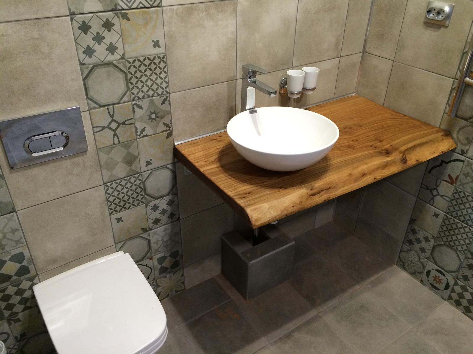 Деревянные покрытия в ванной