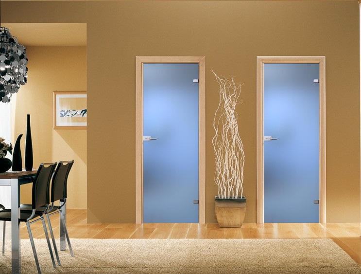 Из чего изготовляются двери