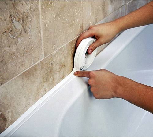 Монтаж бордюрной ленты на ванну