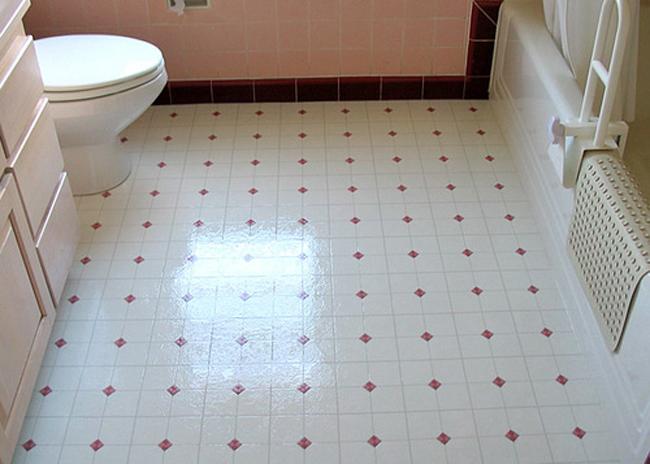 Обкладывание керамической плиткой ванной комнаты