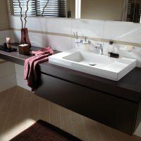 Обзор моделей столешниц под раковину для ванной, советы по выбору