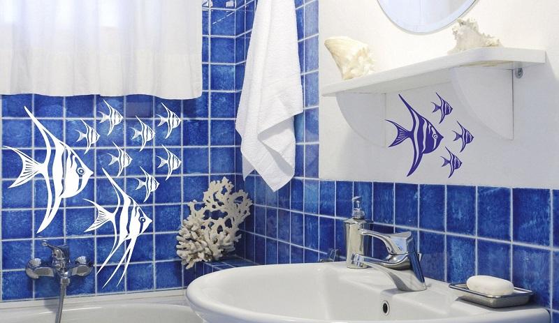 Декоративные наклейки на плитку в ванной