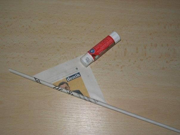 Чтобы трубочки не распались, следует использовать клей