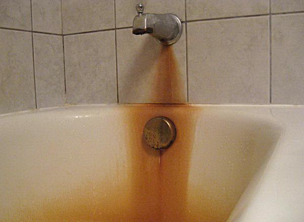 Ржавчина на ванной