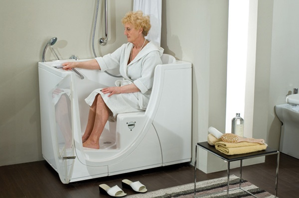 Сидячие ванны удобны для пожилых людей
