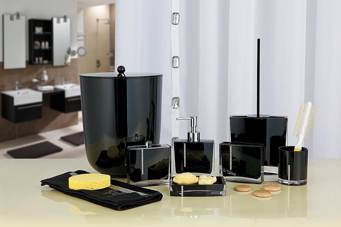 Набор аксессуаров для ванной черного цвета
