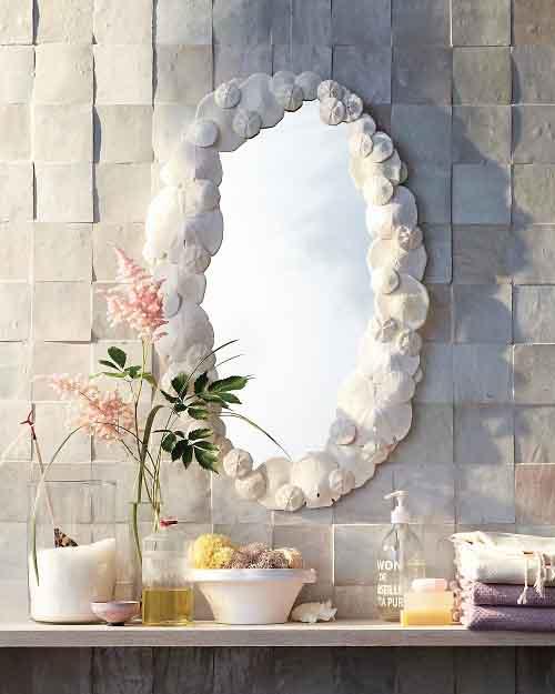 Оригинальный вариант декора зеркала дял ванной 2018