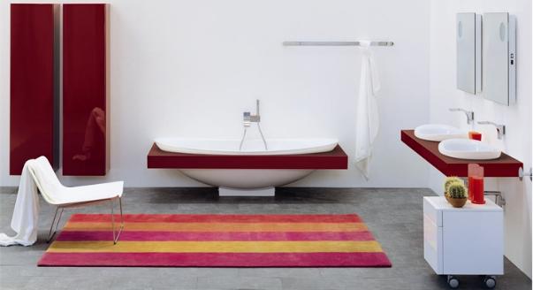 Пример красивой сантехники красного цвета 2018