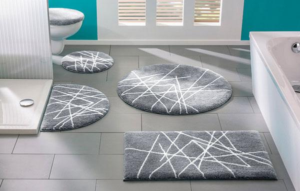 Разнообразные коврики для интерьера