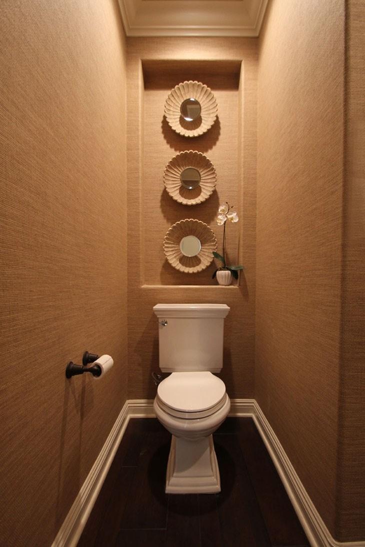 Туалет в коричневых тонах
