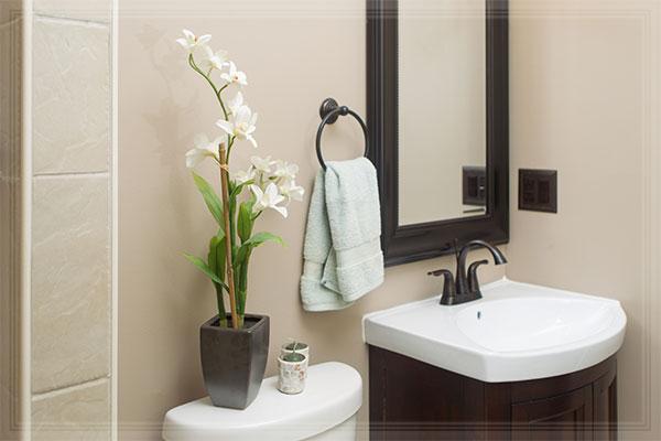Зеркало – обязательный атрибут ванной комнаты
